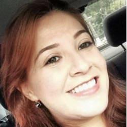 Rebeca Amália, 34 anos